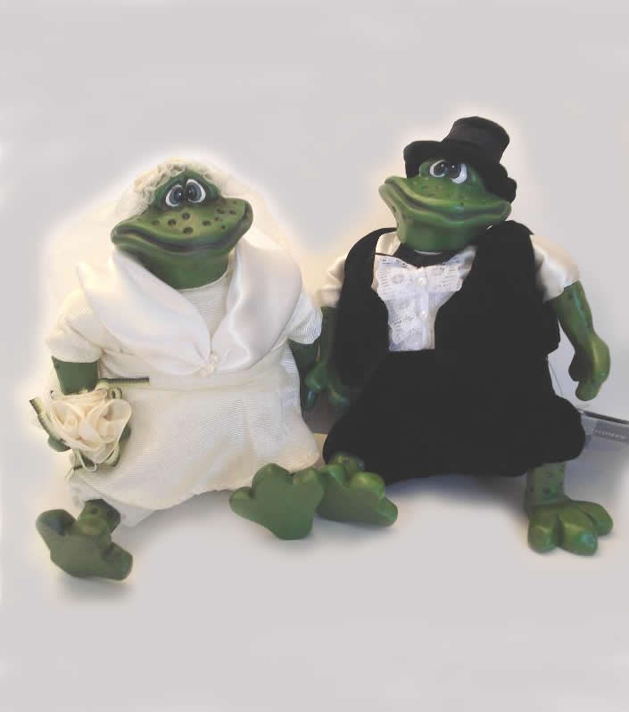 Kathleen Kelly bride & groom frogs, Mr & Mrs Pondhopper
