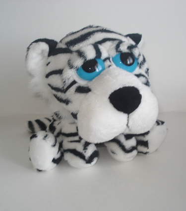 Li'l Peepers, White Tiger, Medium